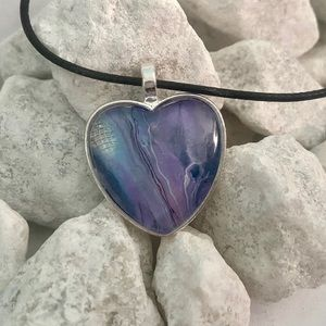 Jewelry - New fluid paint hand poured necklace pendant